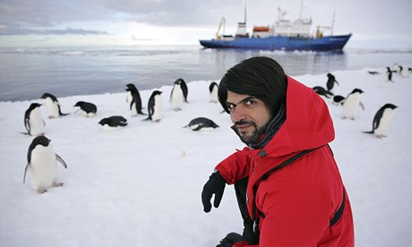 Antarctica Live: Alok Jha with penguins